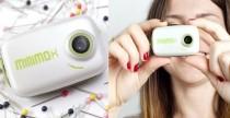 La fotocamera piccola come un portachiavi