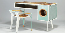 Soundbox Desk, la scrivania con amplificafore