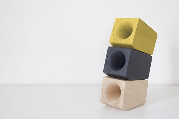 louis-speaker-01