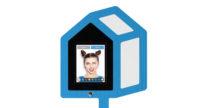 Twitter Mirror Selfie Booth