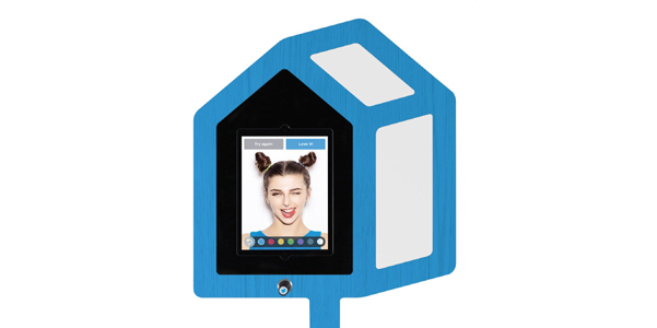 twitter_mirror-selfie-booth-03