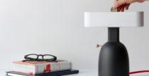 Dina Lamp funziona a moneta per risparmiare energia