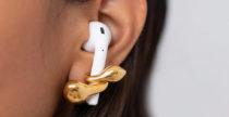 Se gli orecchini se li mettono gli AirPods